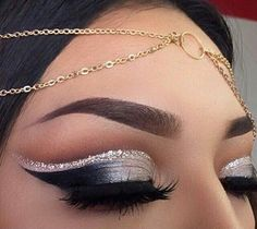 """Cut-Crease Glam By Using Our """"Notorious"""" and """"Ruthless"""" Lashes Doubled Stacked. Grey Eyeshadow, Glitter Eyeshadow Palette, Eyeshadow Makeup, Glitter Eyeliner, Glitter Makeup, Makeup Tips, Beauty Makeup, Hair Makeup, Makeup Ideas"""