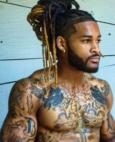 African American Male Wearing Dreads In An Up-Style. Fine Black Men, Gorgeous Black Men, Handsome Black Men, Beautiful Men, Black Man, Blonde Dreadlocks, Dreadlocks Men, Black Men Hairstyles, Dreadlock Hairstyles