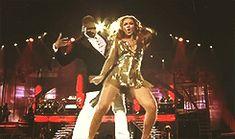 "Beyoncéand Usher - ""Bad Girl"" ( 2 )"