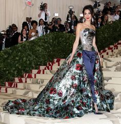Amal and George Clooney at the 2018 Met Gala: PHOTO | PEOPLE.com