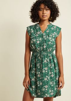 A Way With Woods Floral Dress in Fern