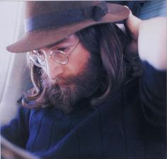 ~John Lennon~ Love this shot. Have not seen it before.