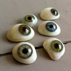 "creepy cool craft idea - paint eyeball rocks normally I don't ""get"" the whole painted rocks thing for anyone over the age of, say, 9 years. These, I like."