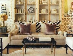 Love this living room by Esor Sajor