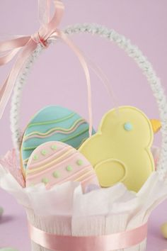 Easter bonnet cookies with fondant sugarcraft decoration spring easter bonnet cookies with fondant sugarcraft decoration spring baking edible gifts and desserts inspiration say say bakes pinterest spring negle Gallery