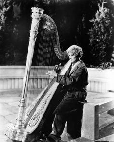 Animal Crackers, Harpo Marx, (The Marx Brothers), 1930 Movies Photo - 46 x 61 cm Classic Hollywood, Old Hollywood, Harpo Marx, Groucho Marx, Brothers Movie, Animal Crackers, We Movie, Director, Man Humor
