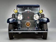 1930 Cadillac Convertible Sedan by Saoutchik Cadillac, Vintage Cars, Antique Cars, Front Grill, Car Buyer, Fancy Cars, Desktop Pictures, Car Images, Car Wallpapers