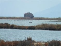 The salt pans at Lefkimi can be found near the village of Alikes. These 15th century pans stand alongside the small church of Aghios Iaonnis and the lighthouse of Lefkimi