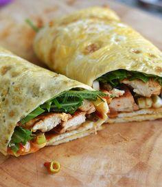 Omeletwrap met kip en rucola, klinkt lekker en past goed in een koolhydraatarm menu!
