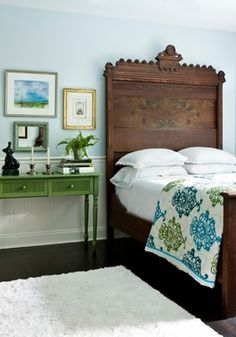 green console + antique bed