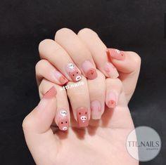 Pig Nail Art, Pig Nails, Animal Nail Art, Cute Nail Art, Cute Nails, Pretty Nails, Classy Nails, Stylish Nails, Simple Nails