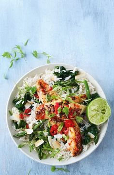 Chilli fish with coconut rice - - Kochen - Rice Recipes Fish Recipes, Seafood Recipes, Asian Recipes, Gourmet Recipes, Vegetarian Recipes, Cooking Recipes, Healthy Recipes, Recipies, Fish Dishes