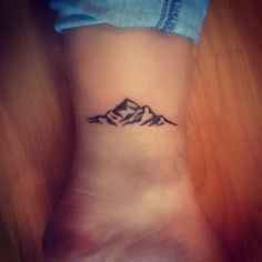 Finished piece. Love it! #tattoo #girlswithtattoos #mountains #outdoors #inked #loveit #smalltattoo #hipstertattoo