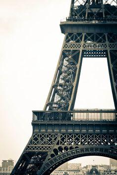 snapshotsfrombeauty:    Eiffel Tower (by TheLittleSwan)