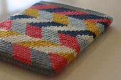 crochet ipad sleeve