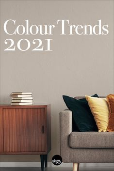 The 2021 Colour Trends are here! Check out all the colour palette inspiration for 2021 you need for the new year. Best Gray Paint Color, Modern Paint Colors, Favorite Paint Colors, Learn Interior Design, Decor Interior Design, Colorful Decor, Colorful Interiors, Home Decor Inspiration, Colour Inspiration