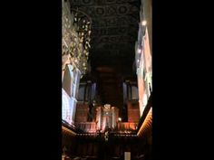 St Albans Cathedral Tribute to David Bowie - YouTube Have tissues handy. This is the most eloquent, from the heart, spirit filled tribute to David Bowie I will ever hear.