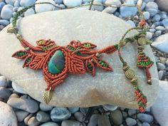 """Makrame Tiara """"Waldelfe"""" mit Chrysokoll Stein von Mundo Makramee auf DaWanda.com, wonderful macrame tiara with chrysokoll stone. Love this macrame tiara!"""