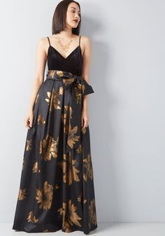 60593269397 Stately Greatness Floral Maxi Dress