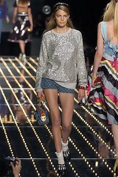 Louis Vuitton Spring 2005 Ready-to-Wear Collection - Vogue