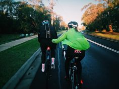 Nothing like a -700 degree morning roll with the two amigos.  #stravaphoto   #vscocam   #Melbourne   #wymtm  