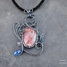 Rhodochrosite wire wrapped pendant - OOAK by Ianira on Etsy