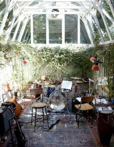 A home music studio in a greenhouse. Very inviting and creative space. - A Interior Design Home Studio Musik, Living Haus, Living Rooms, Home Music, Fun Music, Piano Music, Underground Greenhouse, Deco Studio, Boho Home