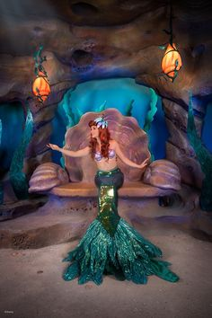 Ariel in her meet 'n greet at Walt Disney World's Magic Kingdom, she used to have this at Disneyland where tinker bell is now. I used to love going to see her when I was little Walt Disney, Disney Magic, Disney Parks, Disney Pixar, Ariel Disney World, Disney World Princess, Disney Worlds, Disney Princesses, Ariel Mermaid