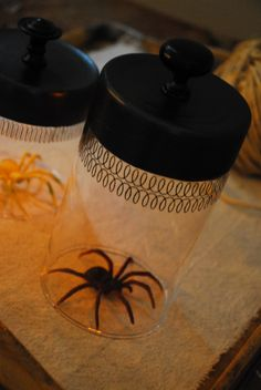 DIY lighted cloche --from painted glass vase turned upside down, add knob, and tea light glued or taped under the painted part. Or use a glue stick to give, eerie colors. Halloween Items, Halloween Spider, Holidays Halloween, Halloween Crafts, Happy Halloween, Halloween Party, Halloween Decorations, Spooky Decor, Fall Crafts