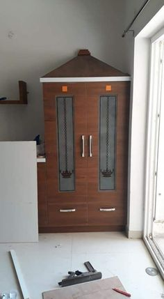 Front Door Design Wood, Pooja Room Door Design, Home Room Design, Modern Bedroom Design, Living Room Designs, Living Room Partition Design, Room Partition Designs, Temple Design For Home, Mandir Design