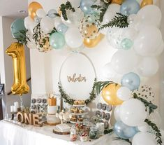 So you include older siblings on their birthday- So bindet ihr ältere Geschwister am Geburtstag mit ein Balloon garlands are THE decoration idea for Sweet Tables, … - Boys First Birthday Party Ideas, Jungle Theme Birthday, Wild One Birthday Party, Baby First Birthday, Boy Birthday Parties, Birthday Party Decorations, Birthday Boys, Birthday Celebrations, Baby Boy Birthday Decoration