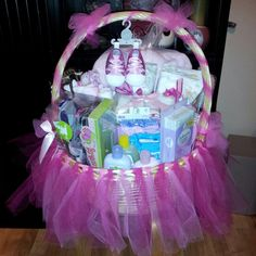 Baby shower gift basket www.facebook.com/ggscreation11