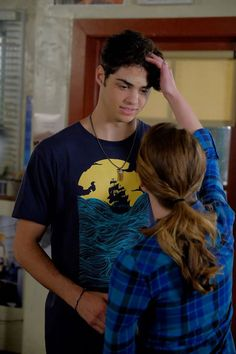 "#TheFosters 4x07 ""Highs and Lows"" - Jesus and Emma"
