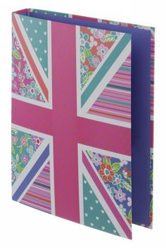 Sharing WHSmith Festival Ringbinder from WHSMITH