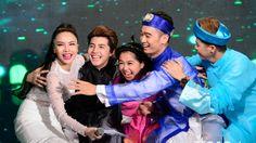 Nam ca sĩ cùng các thành viên trong đội không giấu nổi cảm xúc khi lần thứ 2 giành được số điểm 40.