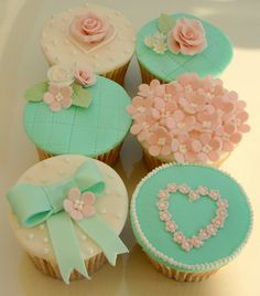 Shabby Chic Bliss by Icing Bliss, via Flickr