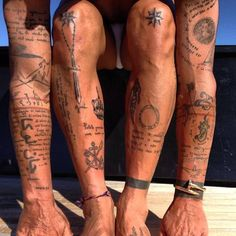 The tattoos of Gianluca Vacchi. I like how the text swirls around another tattoo The tattoos of Gianluca Vacchi. I like how the text swirls around another tattoo Thigh Tattoo Men, Cool Forearm Tattoos, Boy Tattoos, Line Tattoos, Body Art Tattoos, Sleeve Tattoos, Tattos, Tattoo Arm, Surf Tattoo