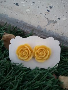 Yellow Rose Resin cabochons Earings  20mm by kraftychix on Etsy, $5.00