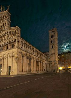 Lucca & the Moon, by Mauro Maione, Italy Lucca province of Lucca, Tuscany