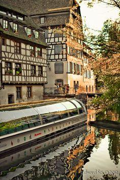 #Strasbourg #Alsace Le Parc**** Hôtel, Restaurants & Spa Alsace Obernai Tél 03 88 95 50 08 www.hotel-du-parc.com/ www.facebook.com/leparcobernai