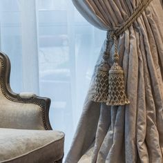 Cum alegi cele mai potrivite perdele şi draperii pentru locuinţa ta