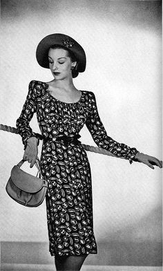 1944 dress. Even wartime fashion can be classy