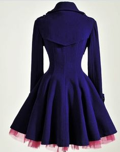 Adoro... Love it! But... wanted it in black... and without the pink gauze/tule.  Elegant Gothic Double Breasted Gauze Trimming Purple Coat