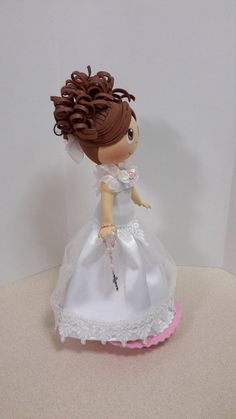 Fofucha fofucha fofucha de comunión fofucha regalo de Girls Dresses, Flower Girl Dresses, Communion, Christening, Ariel, Quilling, Diy And Crafts, Crafting, Decoration