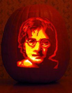 ☆ Pumpkin Carving Art :¦: Photo: Chicago Tribune ☆