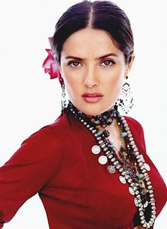 Mexican beauty Salma Hayek, who turned 46 last month, says it is a miracle that she still finds work in Hollywood despite being short, chubby and beyond forty. Pretty People, Beautiful People, Most Beautiful Women, Amazing Women, Simply Beautiful, Selma Hayek, Celebs, Female Celebrities, Beautiful Actresses