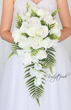 White brides bouquet with fern wedding flowers Fern Wedding, Beach Wedding Reception, Beach Wedding Flowers, Hawaii Wedding, Bridal Flowers, Floral Wedding, Destination Wedding, Wedding Prep, Beach Weddings