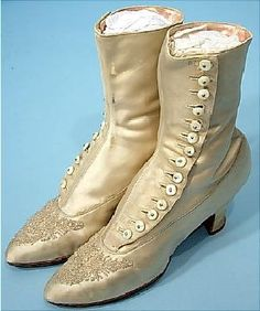 Pair of Ladies' High-Top Button Shoes, 1910