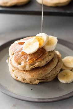 These easy and delicious banana oat blender pancakes are gluten free and dairy free. Sweetened with honey and a perfect healthy breakfast. Banana Oats, Banana Pancakes, Healthy Desserts, Healthy Recipes, Smoothie Recipes, Smoothies, Gluten Free Recipes, Dairy Free, Cooking Recipes