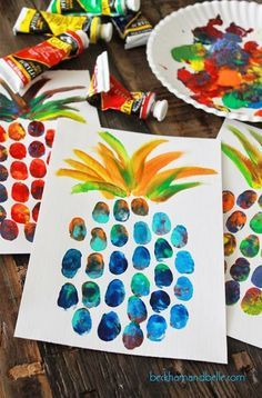 Pineapple thumbprint art Art Room Crafts for kids, Summer diy summer crafts for kids - Kids Crafts Diy Home Crafts, Creative Crafts, Fun Crafts, Room Crafts, Creative Kids, Decor Crafts, Kids Smart, Party Crafts, Diy Arts And Crafts